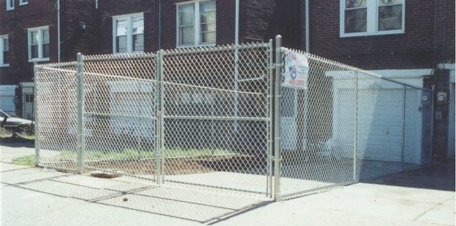 Chain Link Fence (8)