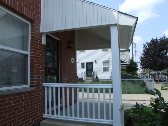 Vinyl Porch Railings (14)