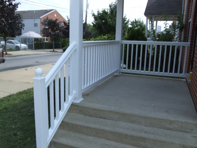 Vinyl Porch Railings (17)