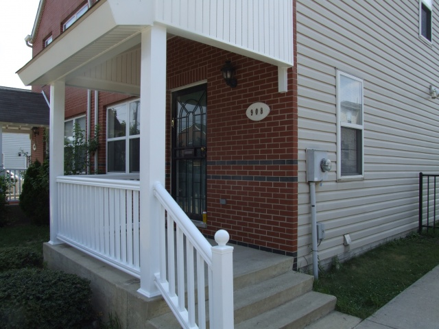 Vinyl Porch Railings (18)