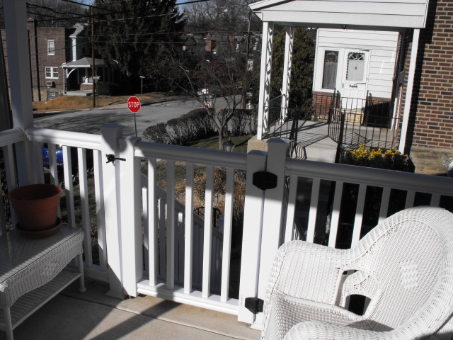 Vinyl Porch Railings (3)
