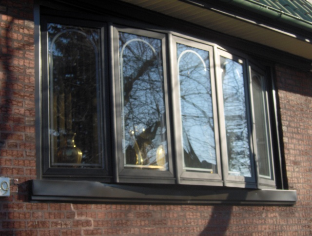 Sold bow window free estimates restorations bow big l for Wholesale replacement windows