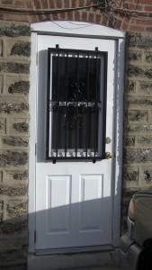 Moore Door Iron Bars (3)